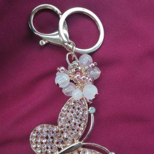 Оригинален дамски Ключодържател - пеперуда с розов кварц и кристали